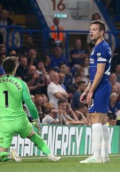 Chelsea chia điểm với Burnley ngay trên sân nhà