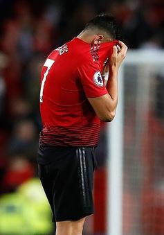 """""""Quả tạ"""" của Man Utd chấp nhận giảm lương để được ra đi"""