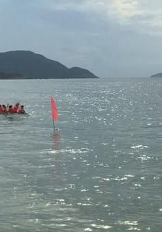 Côn Đảo: Sôi nổi Lễ hội đua bè trên biển