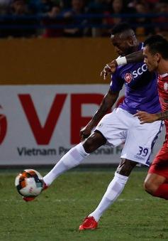 ẢNH: Thắng tối thiểu CLB TP HCM, CLB Hà Nội vươn lên dẫn đầu BXH V.League