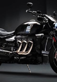 Triumph Rocket mới đẹp dữ dội với thiết kế siêu cơ bắp