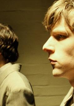 """Trước """"Us"""", đây là những bộ phim kinh dị về song trùng khiến khán giả """"rợn tóc gáy"""""""