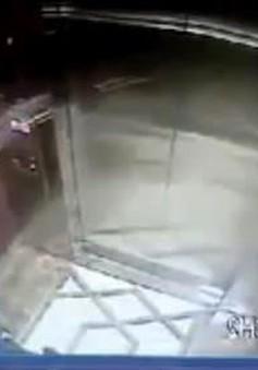 Vụ người đàn ông sàm sỡ bé gái trong thang máy: Đủ căn cứ để khởi tố vụ án
