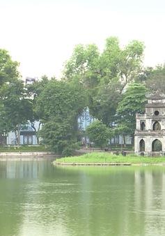 Gần 900 lượt khách du lịch đến Hà Nội được hỗ trợ thông tin