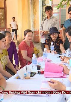 Thăm khám bệnh miễn phí cho hơn 300 thầy cô giáo tại đảo Lý Sơn
