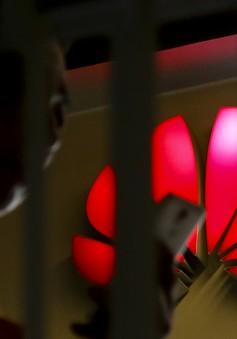 Huawei bị cấm dùng thẻ nhớ microSD và mạng Wi-Fi trên smartphone của mình?