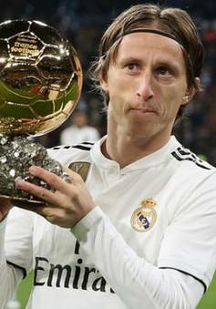 Real Madrid gia hạn với Modric chỉ vì… cái danh