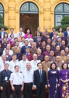 Phó Chủ tịch nước Đặng Thị Ngọc Thịnh tiếp Đoàn đại biểu chức sắc, chức việc, người có uy tín tỉnh Ninh Bình
