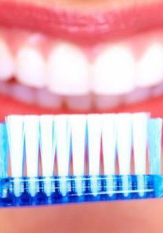 Học cách làm trắng răng đơn giản ngay tại nhà