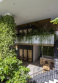 Vẻ ngoài xanh tươi, mát mẻ của khách sạn mô phỏng vườn treo Babylon