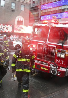 Mỹ: Phi công trong tai nạn trực thăng tại New York không có bằng lái phù hợp