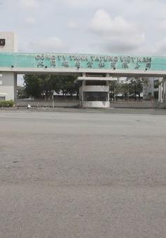 Bình Dương: Tháo dỡ mái tôn nhà xưởng, nam công nhân bị gió quật chết
