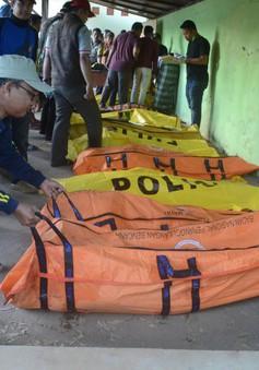 Chìm tàu gây thương vong lớn tại Indonesia