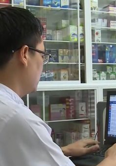 Chưa kết nối mạng, 300 nhà thuốc TP.HCM nguy cơ bị đóng cửa