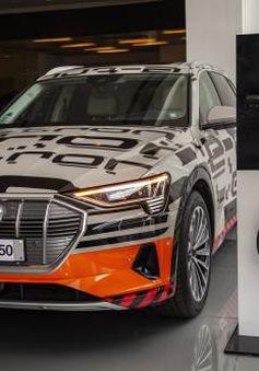 Audi Việt Nam trưng bày xe chạy hoàn toàn bằng điện