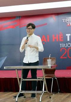 Bỏ túi ngay loạt bí kíp khi đứng trước máy quay của MC Trần Ngọc tại trại hè Trường Teen 2019