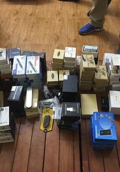 Phá đường dây buôn bán thiết bị gian lận thi cử tại Hà Nội