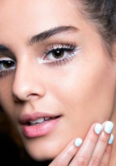 Eyeliner màu trắng - Bí kíp gỡ rối cho đôi mắt nhỏ