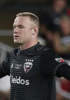 VIDEO: Rooney lại ghi bàn thắng từ cự ly... 60m