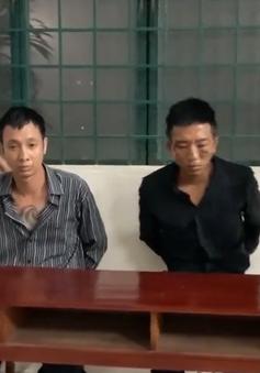 Bắt 2 đối tượng bị truy nã trốn sang Campuchia