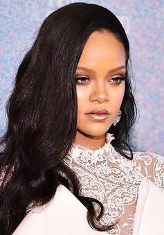 Rihanna trở thành nữ nhạc sĩ giàu nhất thế giới