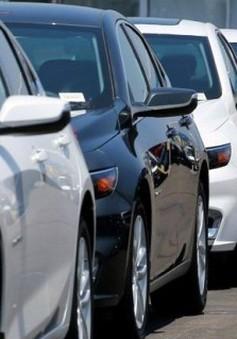 Giá ô tô liên tục giảm
