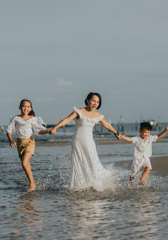 """Hé lộ những hình ảnh trong MV """"Đi để trở về"""" của mẹ con ca sĩ Thái Thùy Linh"""