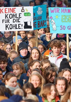 """Sức lan tỏa của phong trào """"Ngày thứ Sáu vì tương lai"""" chống biến đổi khí hậu"""