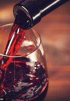 Rượu vang đỏ giúp điều trị chứng trầm cảm và giảm lo âu