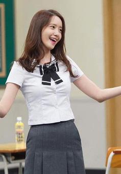 Fan thích thú khi YoonA (SNSD) thực hiện thử thách đá nút chai