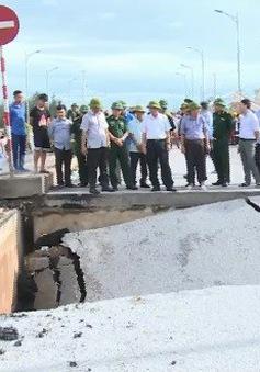 Khắc phục hậu quả sụt lún đường 513 ở Tĩnh Gia, Thanh Hóa