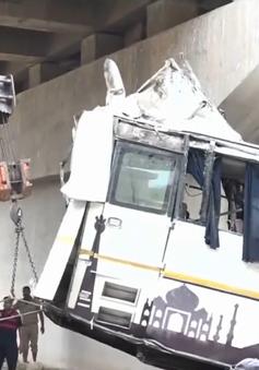 Tai nạn xe bus tại Ấn Độ, ít nhất 29 người thiệt mạng