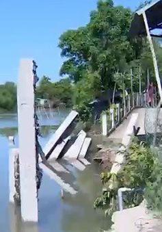 Sạt lở bờ sông đe dọa cuộc sống người dân