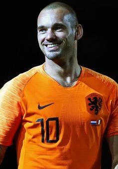 Wesley Sneijder chính thức giải nghệ ở tuổi 35