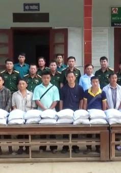 Hỗ trợ người dân vùng lũ Thanh Hóa