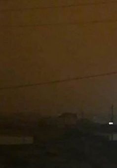 Kỳ lạ bầu trời tối đen như mực lúc 8h sáng ở Siberia