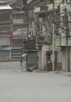 Ấn Độ khôi phục lệnh giới nghiêm ở Jammu và  Kashmir