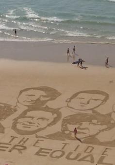 Độc đáo bức tranh cát vẽ chân dung các nhà lãnh đạo G7