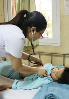 Quảng Ninh: Liên tiếp trẻ nhập viện do ong đốt