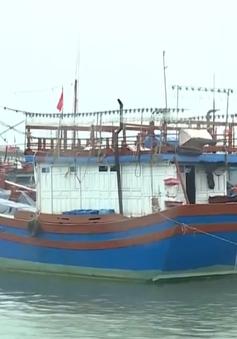 Quảng Bình kêu gọi tàu thuyền về bờ tránh trú bão số 4