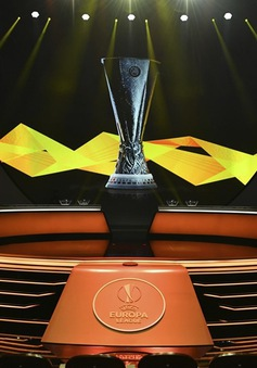 Bốc thăm chia bảng Europa League: Arsenal gặp Frankfurt, Man Utd hành quân xa