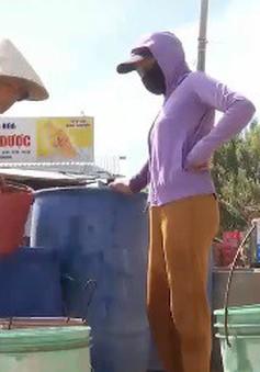 Cấp nước sinh hoạt cho người dân vùng hạn