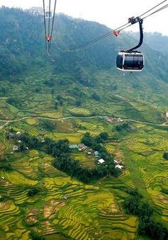 Du lịch Việt Nam: Hàng vạn du khách đến Lào Cai trong ngày đầu nghỉ lễ Quốc khánh