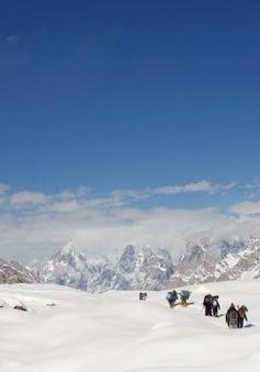 Khuyến cáo du khách Việt không leo núi Himalaya trong thời điểm này