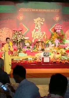 Nhiều sân khấu tưng bừng mừng ngày giỗ Tổ