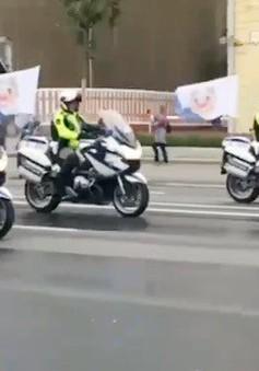 Nga: Diễu hành phương tiện dịch vụ công