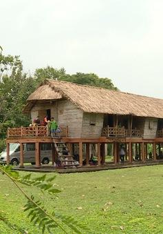 Thăm làng văn hoá dân tộc Châu Ro
