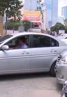 Đỗ xe hơi không trả phí có thể bị từ chối đăng kiểm