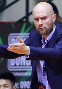 HLV Predrag Lukic chia tay CLB Hochiminh City Wings