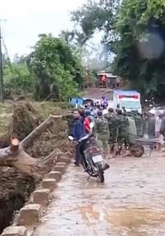 Khắc phục hậu quả mưa lũ tại Quảng Trị
